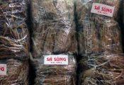 'Siêu' mỳ chính 5 triệu/kg chất đống đầy chợ Đồng Xuân