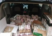 Lái xe tải chở tiền lẻ đi mua nhà