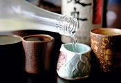 Luật có để 'treo': Loạn thị trường rượu