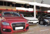 Chơi ô tô sang Mecerdes, Lexus… mất giá nặng, bán không ai mua
