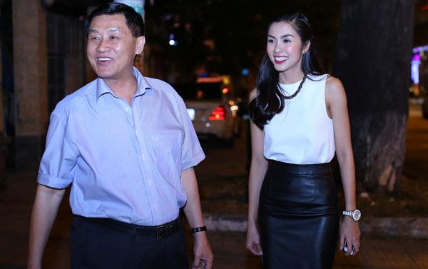 Bố chồng Hà Tăng thâu tóm xong DN dịch vụ hàng không lớn nhất VN