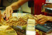 Giá vàng hôm nay 26/4: Dòng tiền tháo chạy, nguy cơ giảm sâu