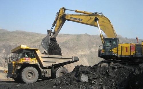 Dừng mỏ sắt Thạch Khê: Ngàn tỷ đầu tư ai chịu trách nhiệm?