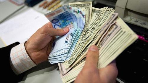 Tỷ giá ngoại tệ ngày 2/11: Áp lực bất ngờ, USD không ngừng tăng lên