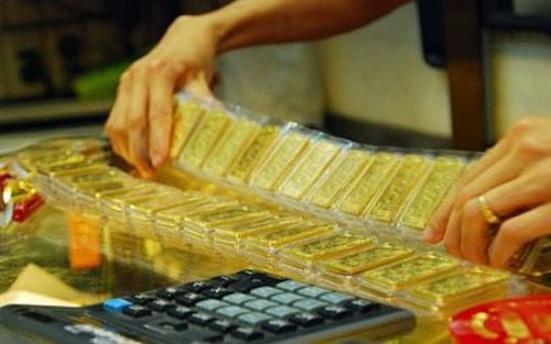 Giá vàng hôm nay 28/11: USD xuống đáy, vàng tăng vọt
