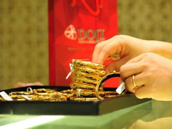 Giá vàng hôm nay 5/2: Vào chu kỳ giảm giá