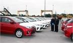 Xe nhập tắc đường về, ô tô mùa Tết tăng giá