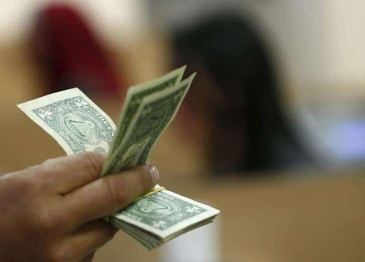 Tỷ giá ngoại tệ ngày 27/8: USD giảm, Bảng Anh xuống mức thấp
